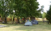 Des campeurs installés